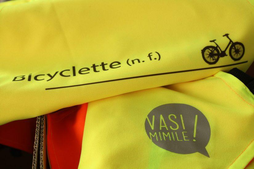 Gilet jaune fluo original détail made in France